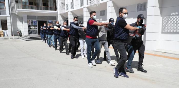 MERSİN'DE 'SAHİL RÜZGARI' OPERASYONUNDA 6 KİŞİ TUTUKLANDI