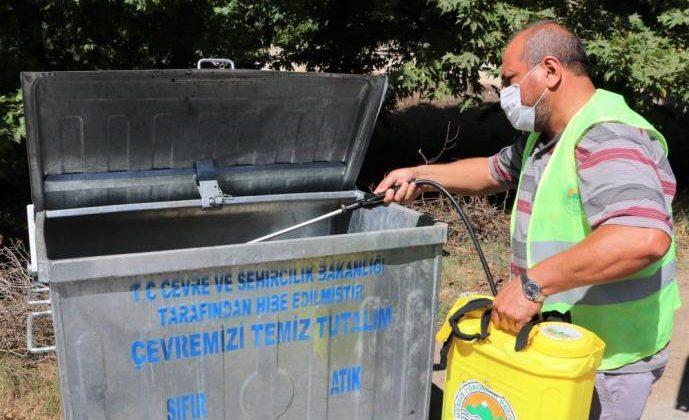 TOROSLAR'DA DEZENFEKTE ÇALIŞMALARI DEVAM EDİYOR