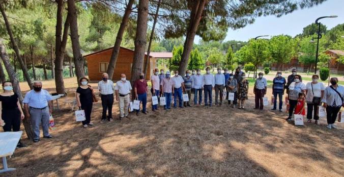 Büyükşehir, emeklileri Tarsus Gençlik Kampında ağırladı