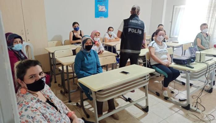 MERSİN'DE 'EN İYİ NARKOTİK POLİSİ ANNE' PROJESİ EĞİTİMLERİ SÜRÜYOR