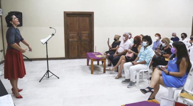 MEZİTLİ'DE 'TAŞ MEKTEP GÜN BATIMI KONSERLERİ'NDE FİNAL YAPILDI
