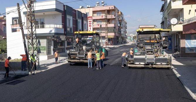TOROSLAR'DA YOL VE KALDIRIMLAR YENİLENİYOR